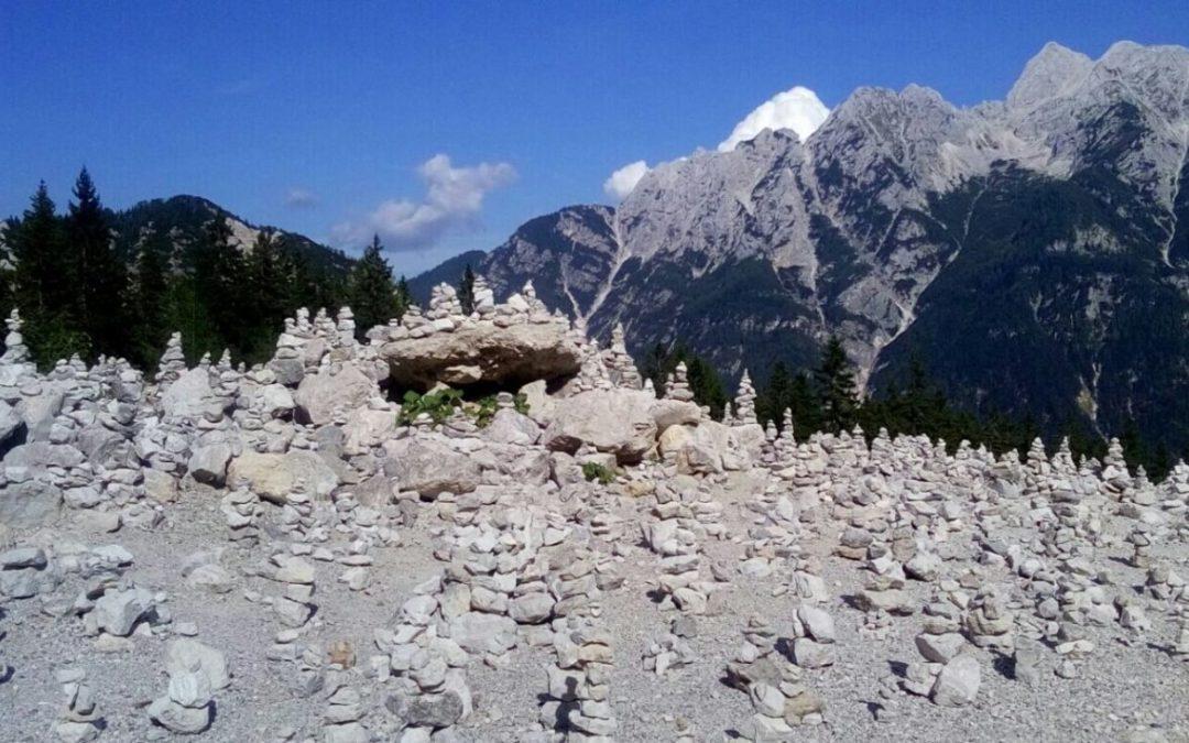 Fahrerische Highlights, traumhafte Berge und neue Freunde [14. Etappe: Rinkenberg (AT) – Trenta (SI)]