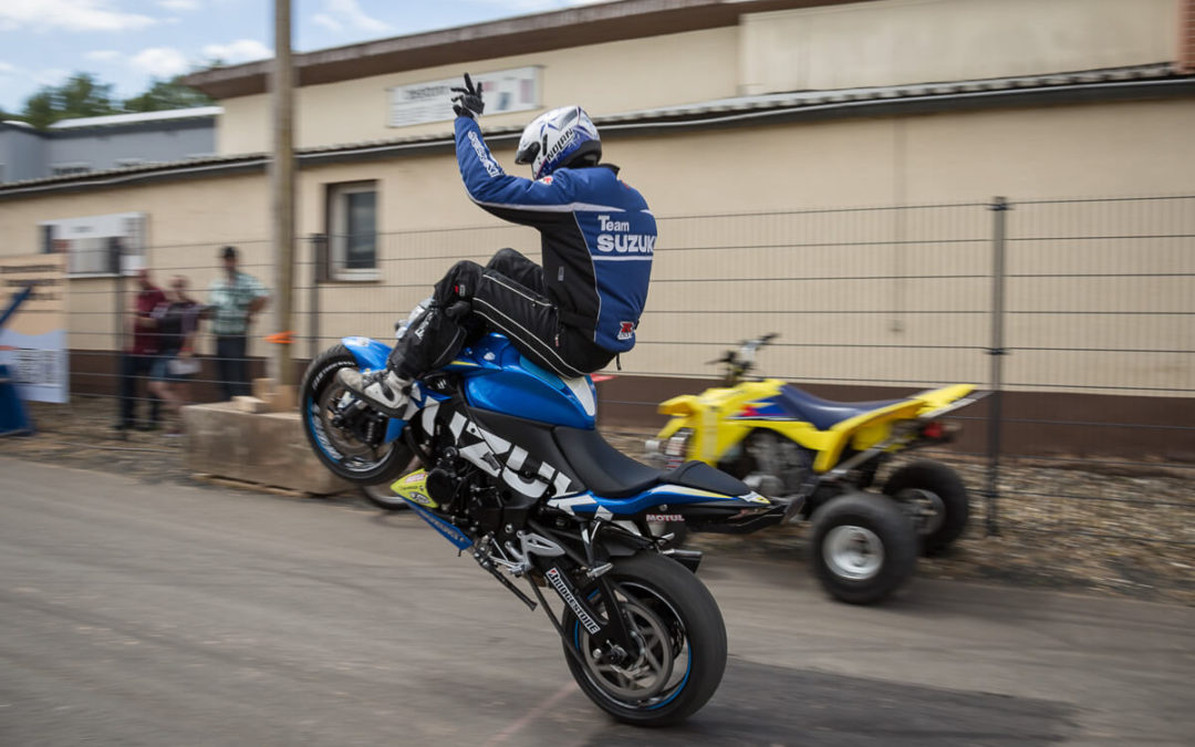 Motorradausrüstung, Stuntshows und Rock 'n' Roll bei SW-Motech